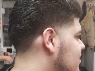 Roc's Unisex Salon - Men's Cut